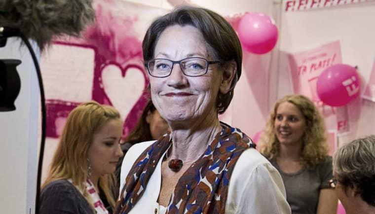 Feministiskt initiativs talesperson Gudrun Schyman presenterar på lördagen partiets valplattform. Foto: Lisa Mattisson Exp