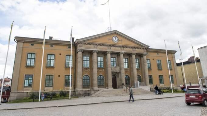 Sex män och en kvinna sitter häktade för dådet i Karlskrona. Foto: Tomas Leprince