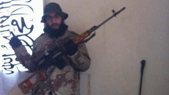 Hassan Al-Mandlawi, 32, dömdes till livstids fängelse för terroristbrott.