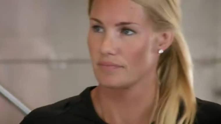 Hanna Marklund valde att möta Niklas Jihde i nattduellen. Foto: SVT