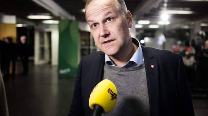 """""""Vi har inte gått med på det här, det är inte vår politik"""", säger Jonas Sjöstedt till SVT. Foto: Anna-Karin Nilsson"""