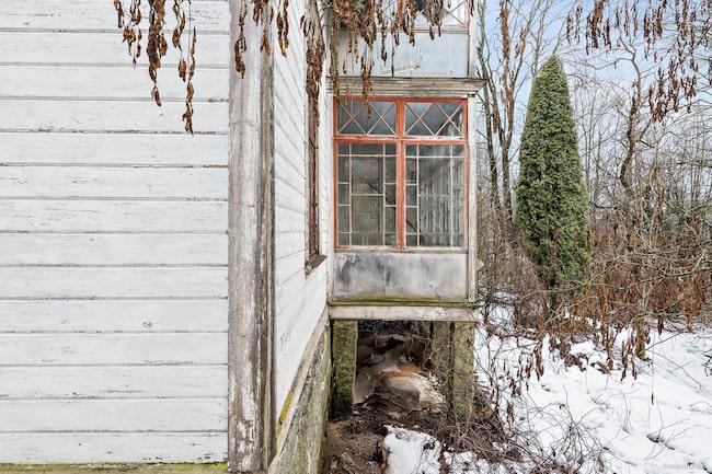 ... endast 375 000 kronor – men det krävs en hel del renovering.