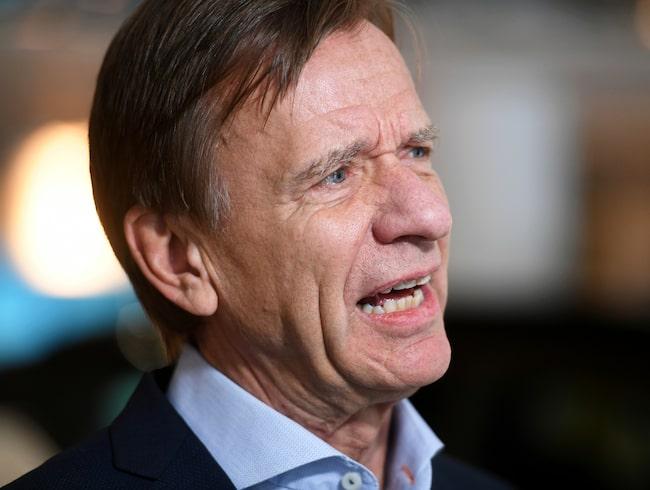 Hälften av Volvos bilar som säljs år 2025 ska vara elbilar, enligt vd Håkan Samuelsson.