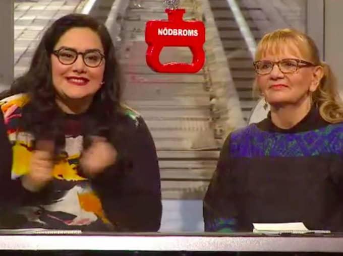 När programledaren Kristian Luuk avslöjade svaret, som var Lady Gaga, visade Tina Mehrafzoon sin frustation. Foto: SVT.