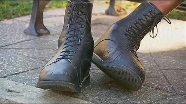Han har världens största fötter