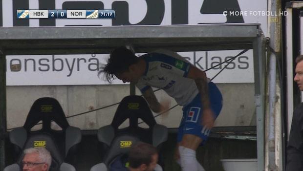 Här lackar Moberg Karlsson ur - slår med knytnävarna
