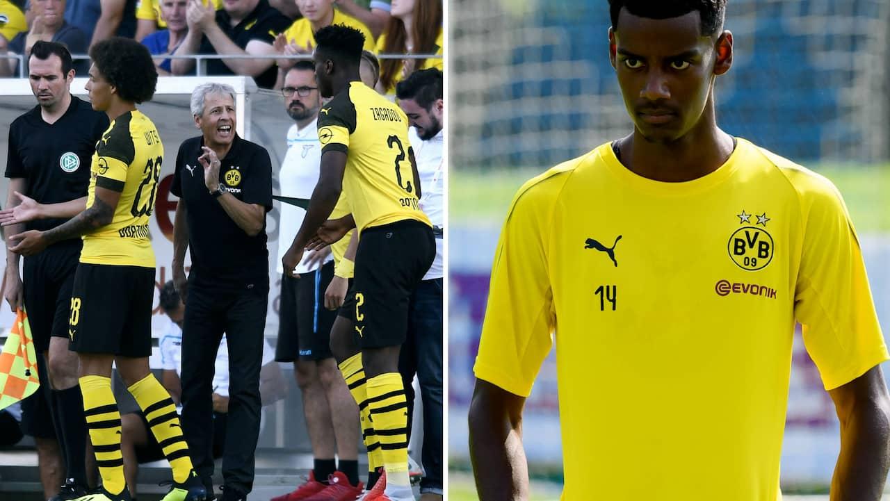 Alexander Isak left Borussia Dortmund