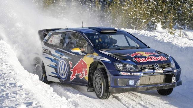 Förra året ledde han sensationellt Rally Sweden under några sträckor.<br>Men norrmannen Andreas Mikkelsen fick nöja sig med en andraplats, hans bästa VM-placering dittills i karriären.