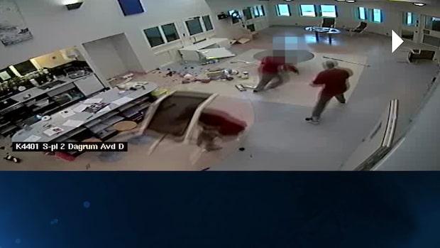 Mördarna slår sönder fängelset – se filmen i Brottscentralen