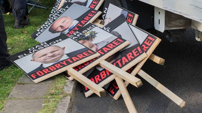 Plakaten. Foto: NORA LOREK
