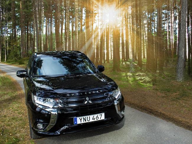 Mitsubishi Outlander är den miljöbil som exporterats mest från svenska bilhandlare.