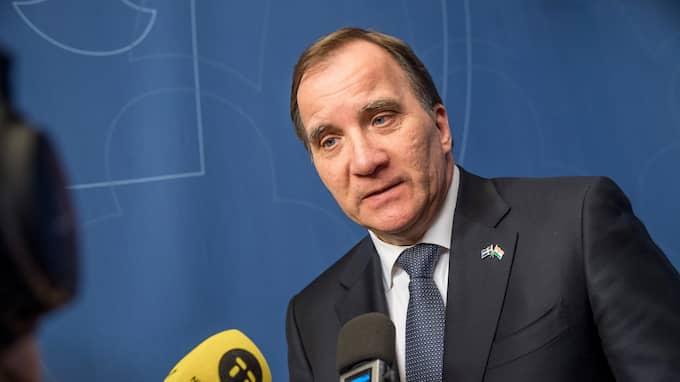 """""""Den nya och mer restriktiva asyllagstiftningen ligga fast"""", säger Stefan Löfven under en presskonferens. Foto: PELLE T NILSSON/STELLA PICTURES"""