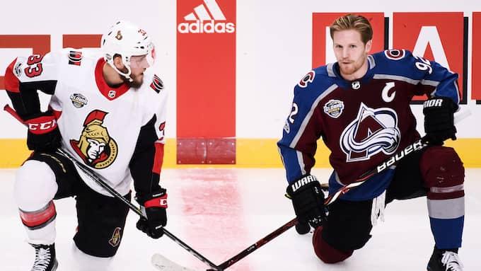 Fredrik Claesson och Gabriel Landeskog. Foto: ERIK SIMANDER/TT / TT NYHETSBYRÅN
