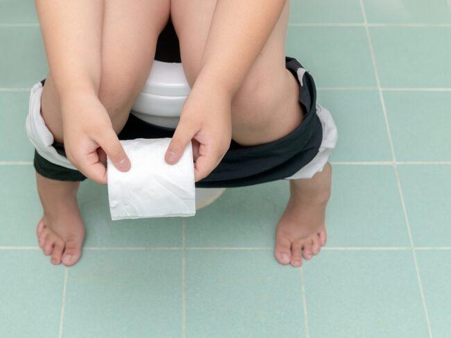 Att drabbas av kräkningar och diarré är inte kul och kan vara minst sagt osmidigt när du är ute och reser.