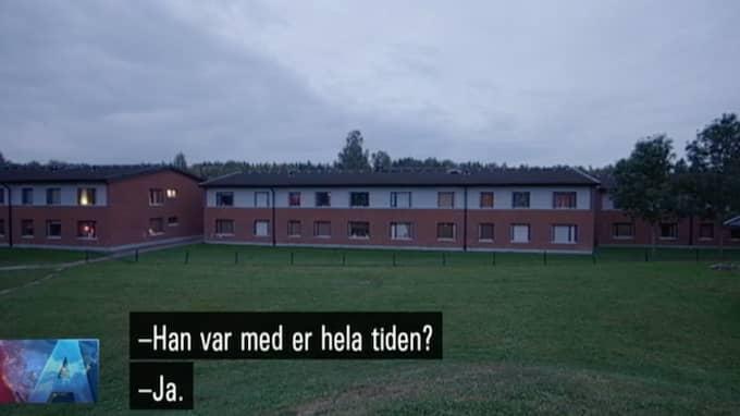 Här ger tioåringen bröderna alibi. Foto: SVT