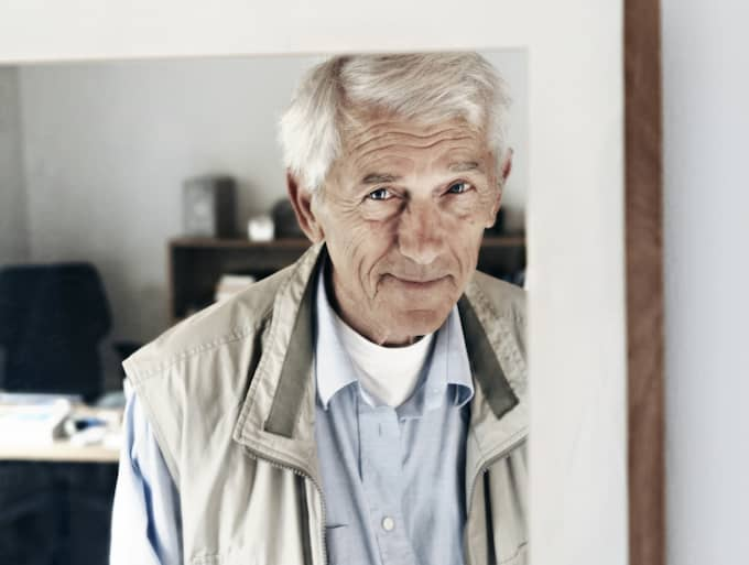 HEMBESÖK. I sin nya bok återvänder Theodor Kallifatides till Grekland. Foto: Caroline Andersson
