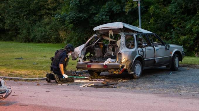 KORRUPTIONENS PRIS? Bland annat stadsdelen Kroksbäck har drabbats av granatattackerna i Malmö under sommaren. Foto: Peo Möller