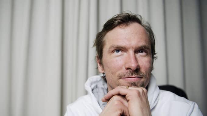 NY UTMANING. Johan Olsson byter spår - och tar plats i PÅ Spåret i vinter. Foto: ERIK SIMANDER / BILDBYRÅN