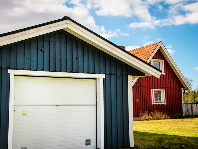 Behöver du avfukta ett garage där temperaturen kan sjunka så ska du använda varmkondensering. Men temperaturen får inte sjunka under noll grader.