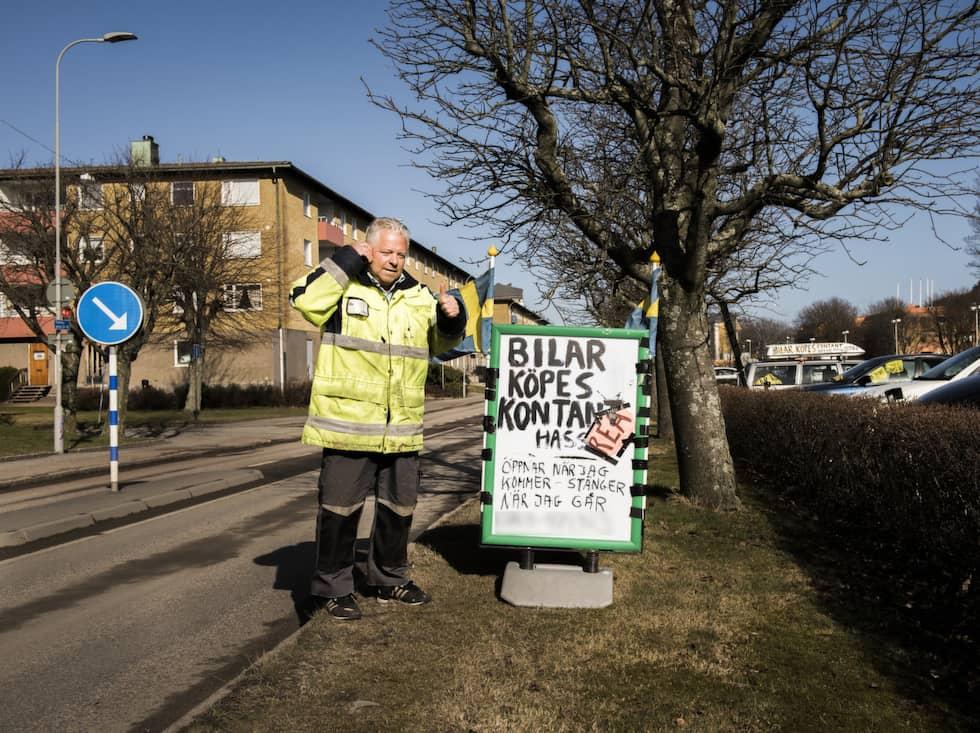 Hasse Stenberg har idag 4,2 miljoner i skulder, gällande 2074 obetalda parkeringsböter. Foto: Nora Lorek