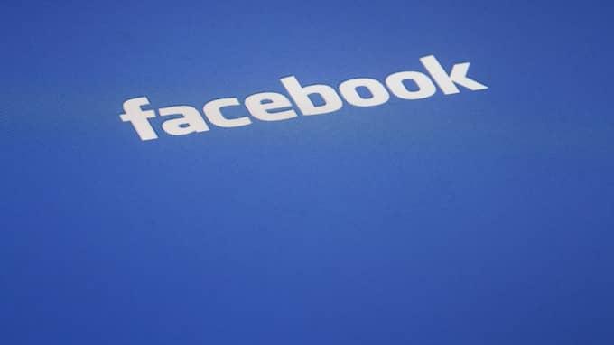 """Facebook bedömde reklamen som """"stötande"""" på grund av """"pixlad nakenhet, tydlig fokus på studsande bröst och inzoomade bilder"""". Foto: JAMES H. COLLINS / AP TT NYHETSBYRÅN"""
