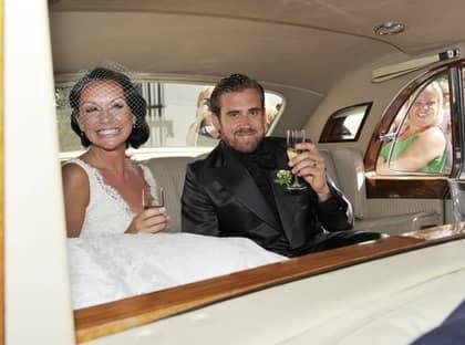 Nygifta Emma Andersson och Henrik Zetterberg smet ut via ...