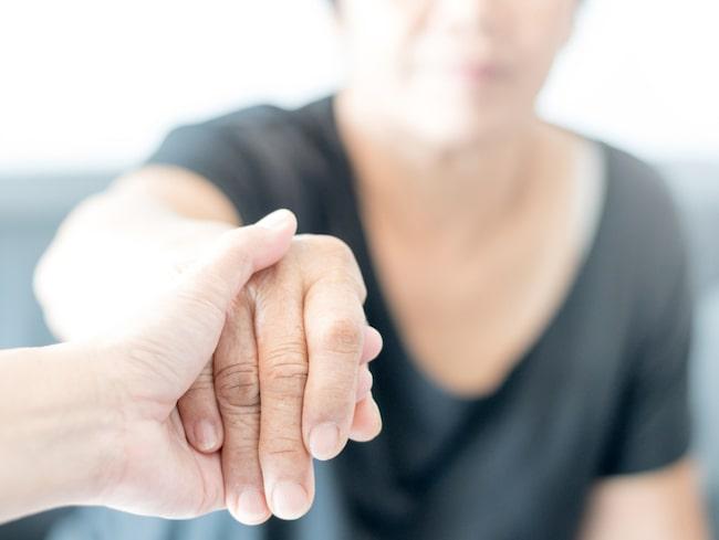 Forskare vid Florida State University har under en tioårsperiod följt 12 030 människor som alla var över 50 år.