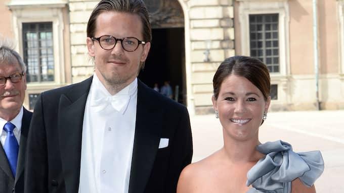 Emma Pernald och maken Tomas Jonson bor ihop på Lidingö – och nu har Emma börjat nytt jobb. Foto: MAJA SUSLIN / SCANPIX / SCANPIX SWEDEN