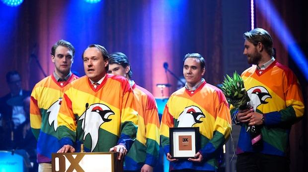 Kiruna IF spelar i regnbågsfärgade tröjor