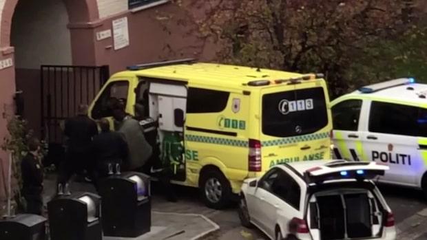 Stulen ambulans körde på flera personer i Oslo