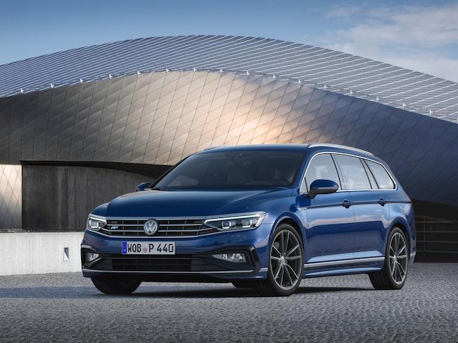 Nya Volkswagen Passat, här i R-Line-utförande.