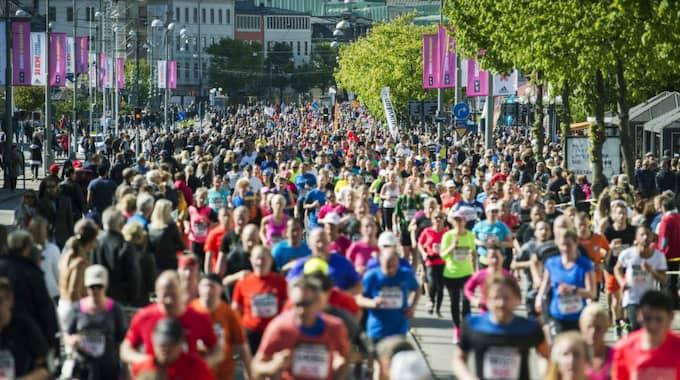 35 000-gränsen i antalet anmälda till Göteborgsvarvet är redan passerad. I fjol anmälde sig sammanlagt 64 000 till loppet. Foto: Robin Aron