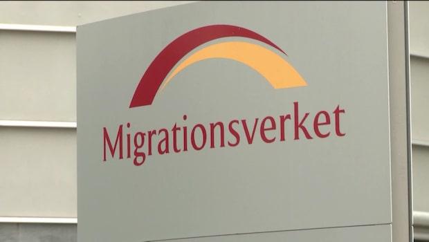 Fyra av tio svenskar vill ha betydligt färre flyktingar