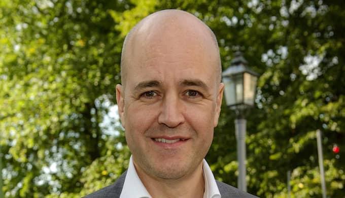 """Fredrik Reinfeldts nya bok """"Halvvägs"""" släpps i morgon. I boken avslöjar den förre statsministern bland annat om hur det gick till när han tvingades till en fyra år lång ökenvandring efter att ha kritiserat partiledningen som Muf-ordförande. Foto: /All Over Press"""