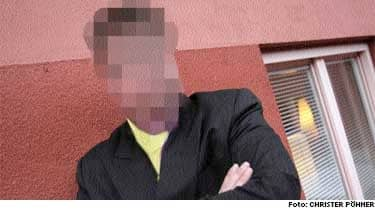 Efter avslöjandet om att moderatpolitikern ringt till en sexlinje för homosexuella från sin tjänstemobil har kommunens it-experter hittat nära 4 000 sexsamtal till.