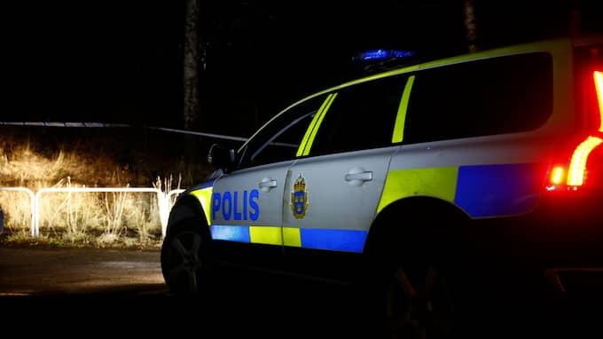 En avliden man hittades på tisdagseftermiddagen av en förbipasserande i ett skogsområde i Högsbo. Foto: / FOTO: HENRIK JANSSON