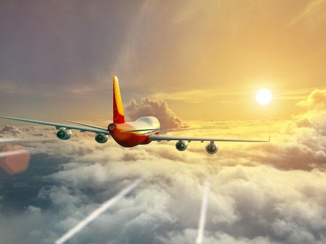 För 40 år sedan tog till exempel flyget mellan New York och Houston i Texas två och en halv timme. I dag tar det nästan fyra.