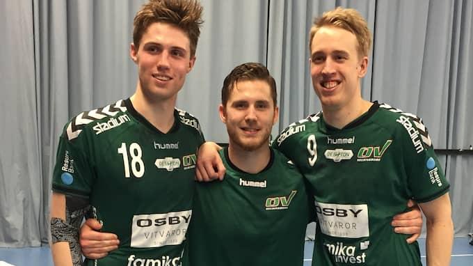 Kristianstads översskottsspelare Oskar Cosmo, Oskar Hansson och Linus Nilsson har gjort succé i OV Helsingborg. Foto: JAN PETER ANDERSSON
