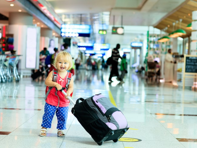 En resa kan påverka ett barn positivt i skolan visar en ny undersökning.