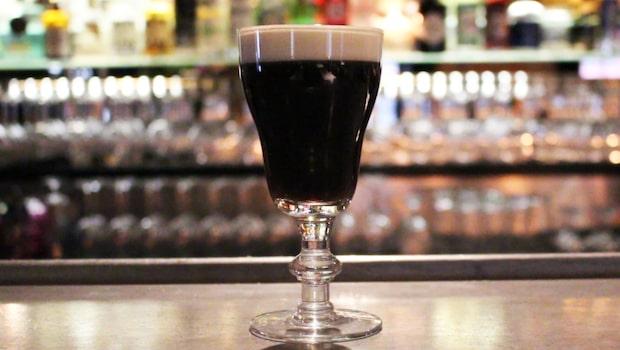 Så här gör du en klassisk Irish coffee