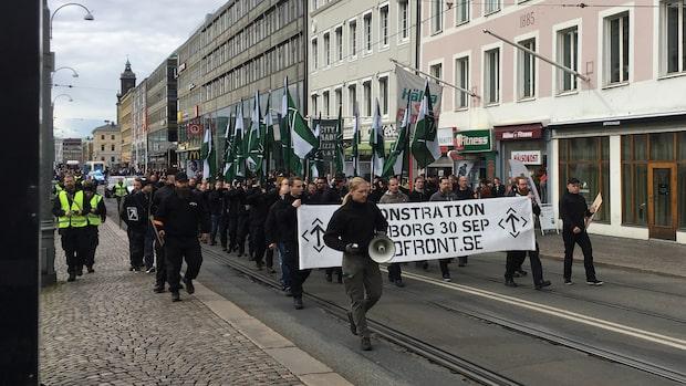Polisen får kritik efter nazistmarsch