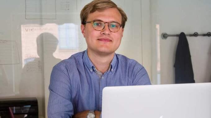 Nicklas Nygren, 28, ville inte betala tv-avgiften eftersom hans dator inte kunde ta emot tv-program. Nu ger Högsta förvaltningsdomstolen honom rätt. Foto: Privat