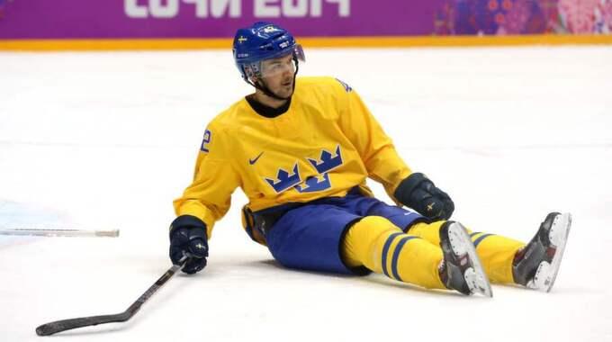 Jimmie Ericsson, som till vardags spelar i SHL, och Marcus Johansson är de enda som åker till Stockholm efter finalen. Foto: Bruce Bennett