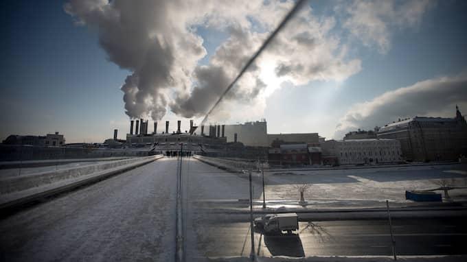 70 procent av vattenförsörjningen i Moskva är beroende av ytvatten. Foto: ALEXANDER ZEMLIANICHENKO / AP TT NYHETSBYRÅN