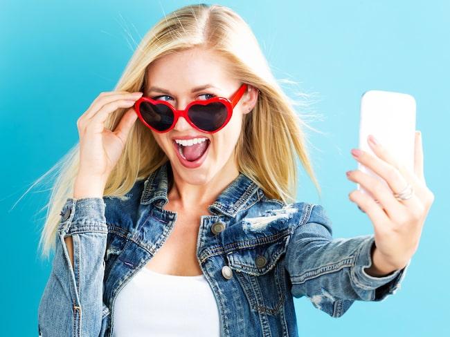 Selfies som inte har någonting att göra med destinationen att göra hamnar högst upp på den irriterande listan.