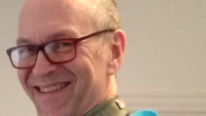 Johan Hambraeus, överläkare på Smärtkliniken i Vallentuna, anser att Försäkringskassans beslut styrs av sparkrav, inte medicinska bedömningar. Foto: Privat