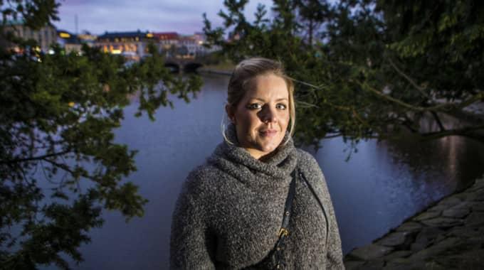 """""""När jag blev sjuk så blev jag asexuell. Jag la det åt sidan helt enkelt"""", säger Malin Carlsson. Foto: Henrik Jansson"""