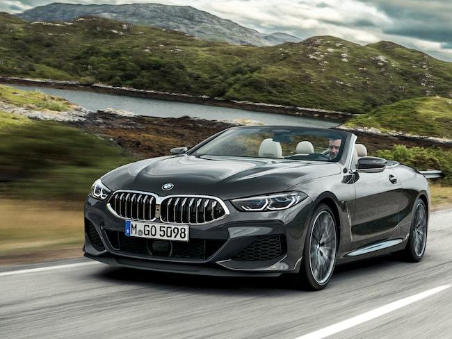 Lyxiga BMW 8-serie cabriolet, i bilhallarna mars 2019.