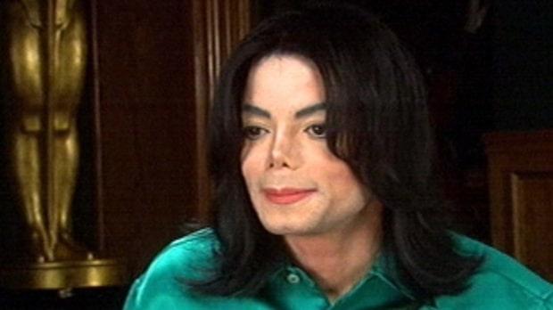 Polisen hittade en stor mängd grov porr hos Michael Jackson