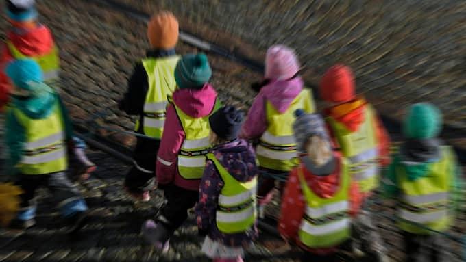 Västanvindens förskola i Halmstad har infört nolltolerans mot krigslekar. Arkivbild. Foto: HASSE HOLMBERG/TT / FOTOGRAFERNA HOLMBERG TT NYHETSBYRÅN